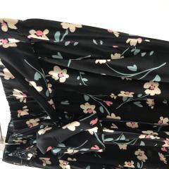 11-черные с цветочками