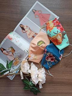 -без выбора  расцветки, положат любую из ассортимента, примерные цвета на фото