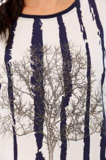 белый; синяя полоса;