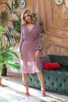 лавандово-розового цвета