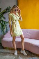 пастельно-жёлтого