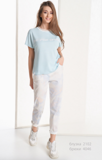 Молочный джинс с эффектом «tie-dye»