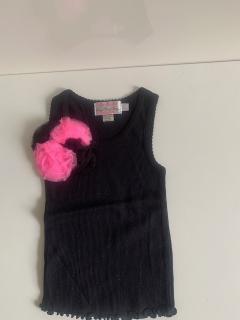 черный с черным/ярко-розовым цветком