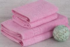 - Реале Цвет Розовый (приятный  пастельный нежно-розовый) мягкие и хорошо впитывают влагу