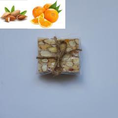 цельный орех миндаль с апельсиновыми цукатами