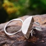 -с серебряными листочками и бабочкой