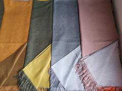 -1)Коньячный с коричневым 2)Хаки с горчичным 3)Серый со светло-серым 4)Светло розовый со светло- серым
