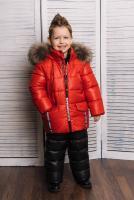 куртка:красный полукомбинезон:черный