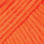 Цвет № 61, оранжевый, в наличии 4 мотка